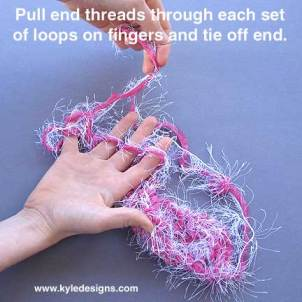tie_off_finger_knitting