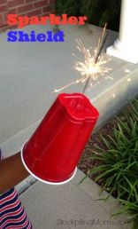 sparklers-4th-of-july-party
